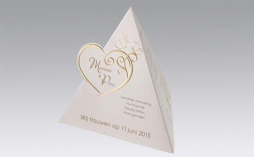 Originele trouwkaarten pyramide of love   Timeless Gifts