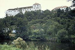 Jevisovice, Schloss.