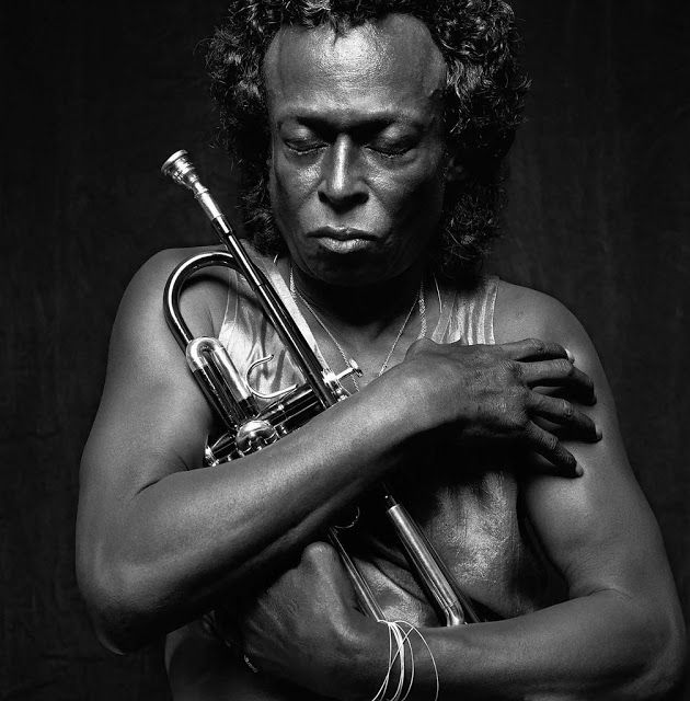 Miles Davis. vintage everyday: 30 Extraordinary Black and White Portraits of Celebrities Taken by Irving Penn