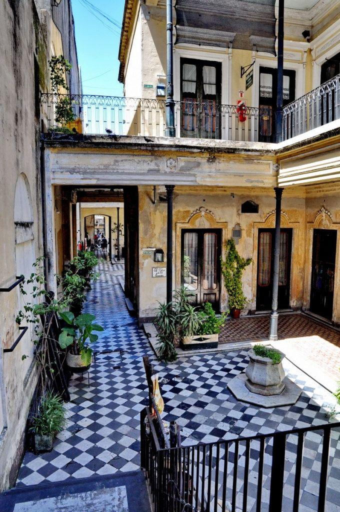 Casa de los Ezeiza, barrio de San Telmo, casco histórico de CABA, Argentina