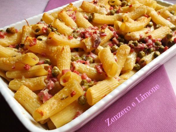 Pasta al forno prosciutto e piselli - #italianfood #pasta