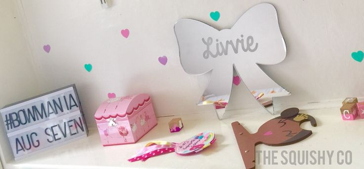 Image of Personalised mirrors - name shape, arrow or bow