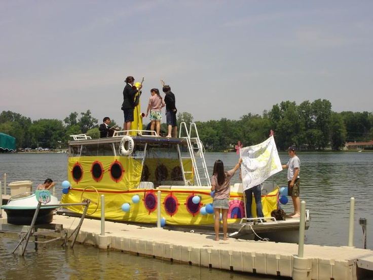 72 best Boat Parade Ideas images on Pinterest | Boats, Celebration ...