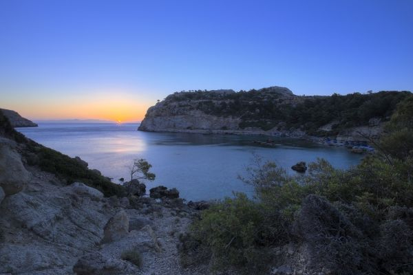 Sunrise in Antony Quinn Bay