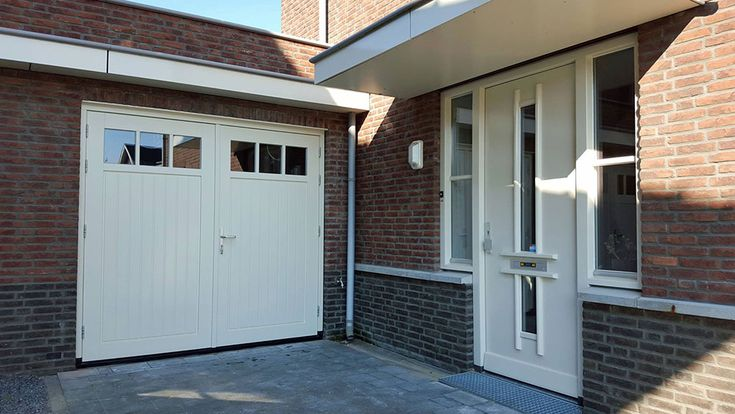 Michigan 2 garagedeuren geplaatst in Apeldoorn, Gelderland [top] Michigan 2 garagedeuren geplaatst in Harderwijk, Gelderland [top] Michigan 2 garagedeuren geplaatst in Breukelen, Utrecht > > Bekijk hier nog meer foto's van onze recente projecten.