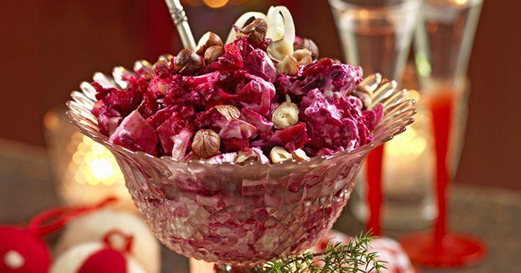 Rödbetssallad med äpple och nötter recept