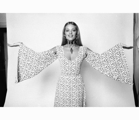 actress-and-model-edina-ronay-wearing-a-floral-dress-with-wide-sleeves-and-cut-away-shoulders-17th-august-1970-evening-standard-getty-images