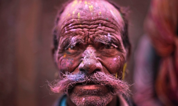 THE GUARDIAN:Best News Pictures of the Day. Festival of Holi