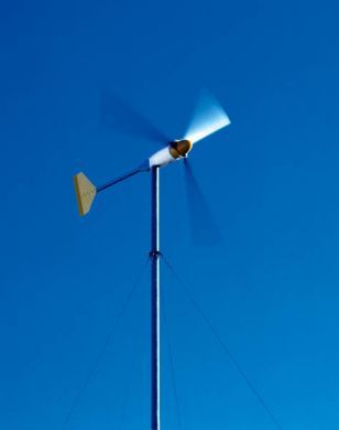 Home-made wind turbine tips for home-owners. How to begin if you are thinking to build your own wind energy from your home. http://netzeroguide.com/homemade-wind-turbine.html Off Grid Home Wind Turbine