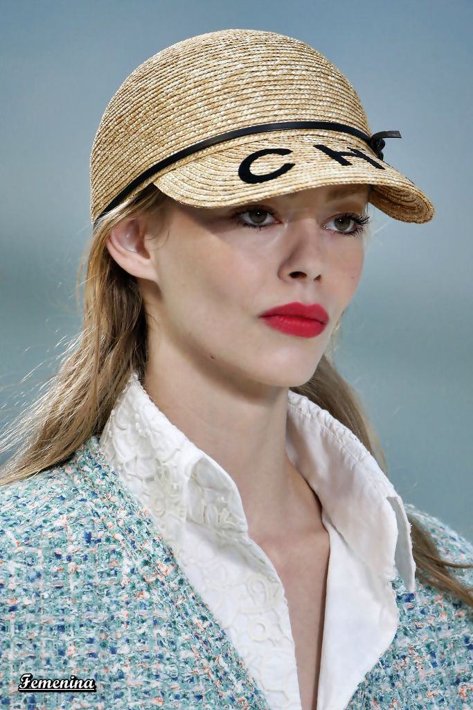 Chanel Spring Summer 2019 RTW -Details Bad Hair Day Hat e096bafdccc2
