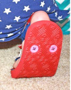 DIY flip flops... nice way to recycle