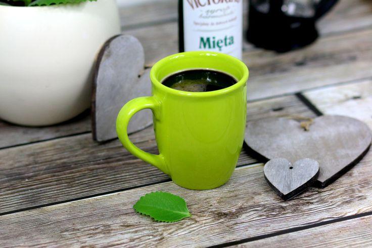 Przepis na Miętową kawę https://cosdobrego.pl/przepis-na-mietowa-kawe/