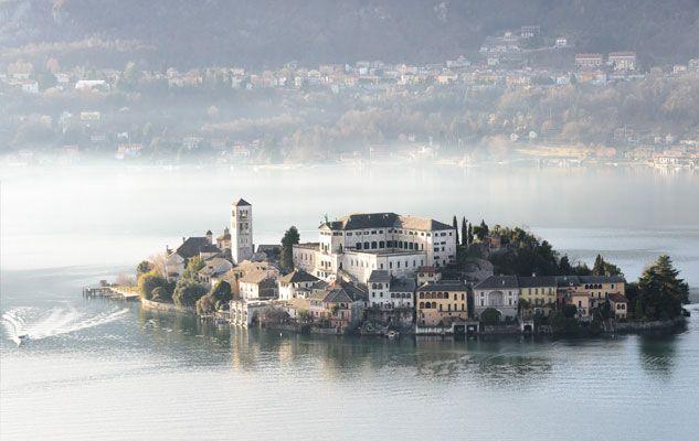 Quando si pensa alle bellezze del Piemonte non si può non pensare a questo piccolo tesoro nei pressi del Lago di Orta. Il comune di Orta San Giulio,...