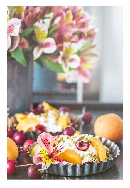 KUCHNIA MIŁOSNA: Domowa granola z owocami