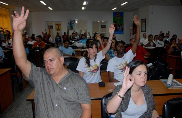 Jóvenes del mundo celebran con Cuba este Primero de Mayo: Abogan por la inmediata libertad de los Cinco los más de 130 delegados a la II Conferencia Internacional de la Juventud Trabajadora de la Federación Sindical Mundial
