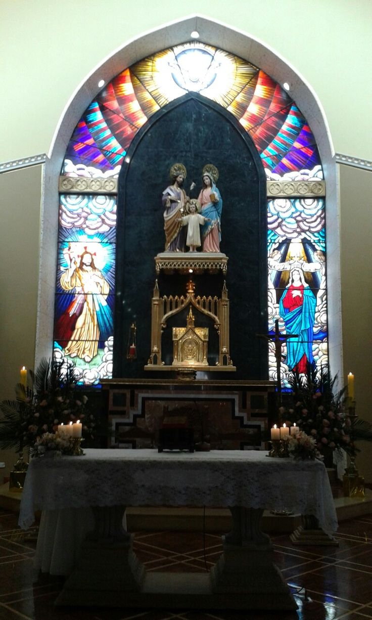 Iglesia La SAGRADA FAMILIA.