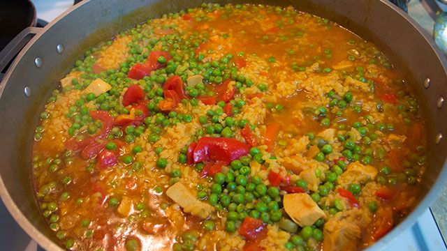 How to Make Cuban Arroz con Pollo a la Chorera (Cuban Yellow Rice with Chicken)