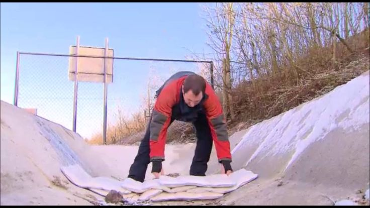 See how FloodSax builds a quick flood dam in just minutes. Nothing else compares to these FULL SIZED sandless sandbags. Stack higher and more powerful flood barrier walls with these sandbag alternatives.