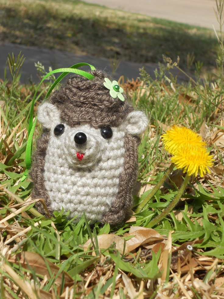 Baby Hedgehog Knitting Pattern : 17 Best images about Animals to make on Pinterest ...