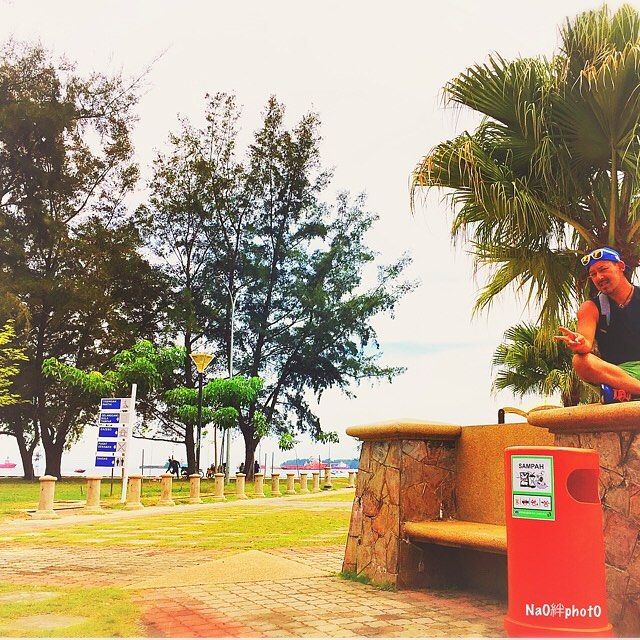 【naoking0918】さんのInstagramをピンしています。 《🇲🇾ラブアン島 での休日  #mh #上空#飛行機 #ラブアン #malaysia #labuan #follow #followme  #FF  #instagood  #tbt #photooftheday #tag#instagood  #tbt #photooftheday #いいね #japanese #海外 #外国 #ビーチ #海》
