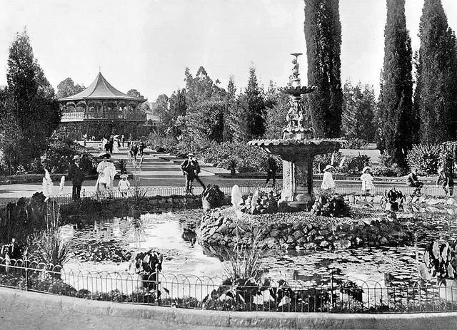 Jouberts Park, Johannesburg by HiltonT, via Flickr