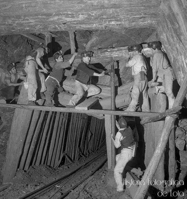 Las minas de carbón de Lota, submarinas por naturaleza, se conformaban por un enjambre de los mas tortuosos caminos (llamados Galerías)