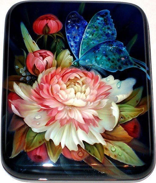 Paper mache with Fedoskino lacquer painting techniquein peony with a butterfly design miniature laquer jewllery box in the style of Zhostovo tray, Russia