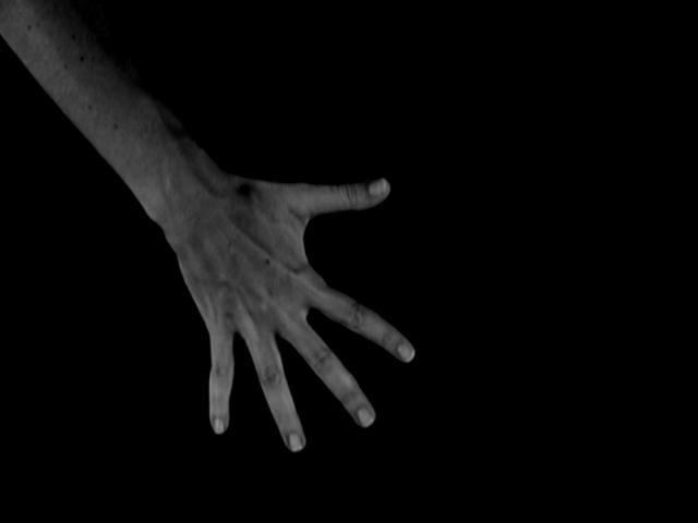 Mãos, de Lilyen Vass