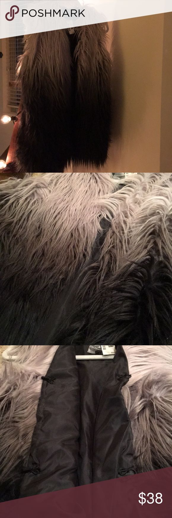 "Faux mohair vest 😻 So so so soft! The blend and material isn't matted, it's super fluffy without injury to any animals 😽 you can still wear a ""fur"" vest! It's an ombré delight bleeding from a light gray which looks like a sweet soft touch of a purple hue, to darker gray and then black 🖤 It has two deep pockets, as you see there are two hooks for closure as well. It also comes with an extra hook in a baggie👌🏼Please don't hesitate to ask any questions🛍 Aeropostale Jackets & Coats Vests"