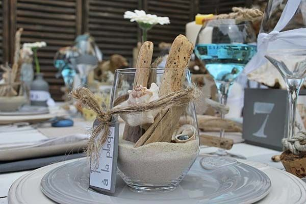 17 ideas about driftwood centerpiece on pinterest for Driftwood table centerpieces