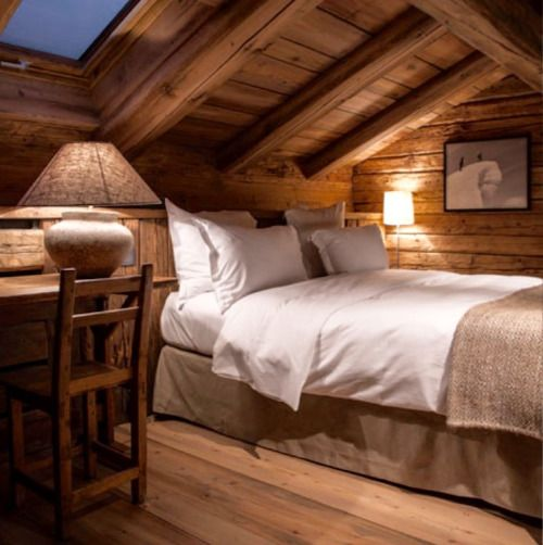 Why can't hotel rooms look this home-y? | Mountain chalet /Martine Haddouche/