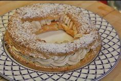 Paris-Brest , une recette composée d'une pâte à choux fourrée d'une crème mousseline pralinée, facile et simple à réaliser avec votre thermomix.