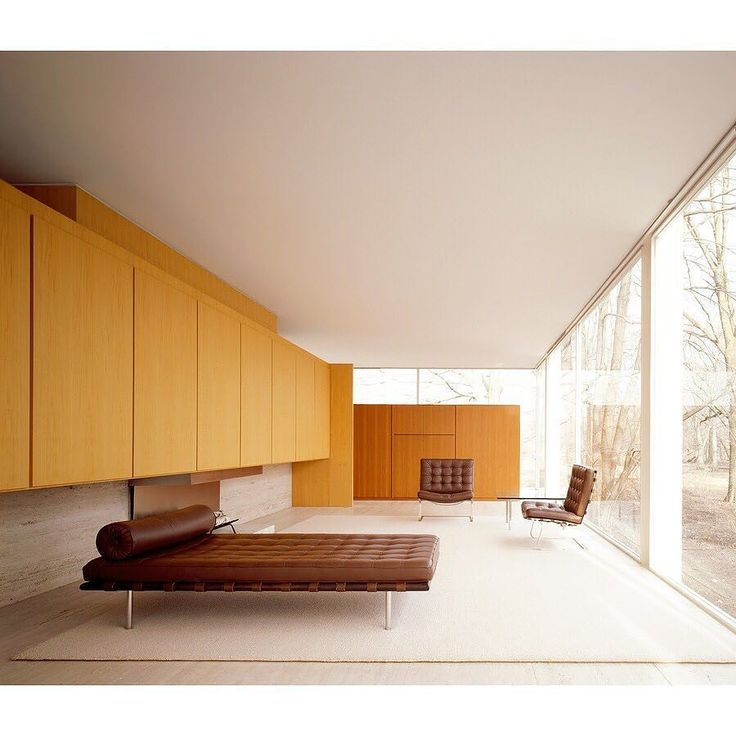 SALLE PRIVÉE WORLD | Farnsworth House by Mies van der Rohe. Plano Illinois. Image taken by Jon Miller for Hedrich Blessing Photographers. #salleprivee