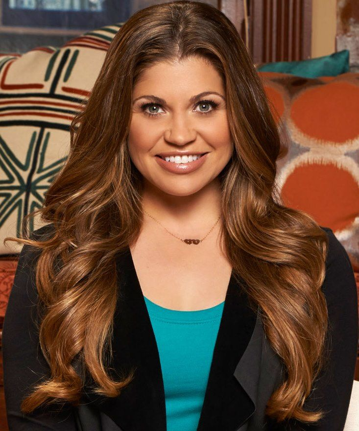 I hope Danielle Fishel has a happy an save Easter an by the way Danielle Fishel is the best
