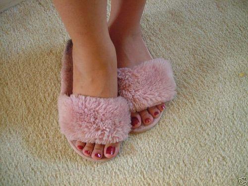 27 Best Fluffy Amp Open Toe Slippers Images On Pinterest