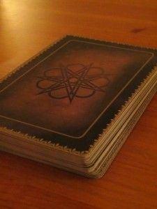 How to Read Tarot Cards: A Step by Step Guide - Daily Tarot Girl
