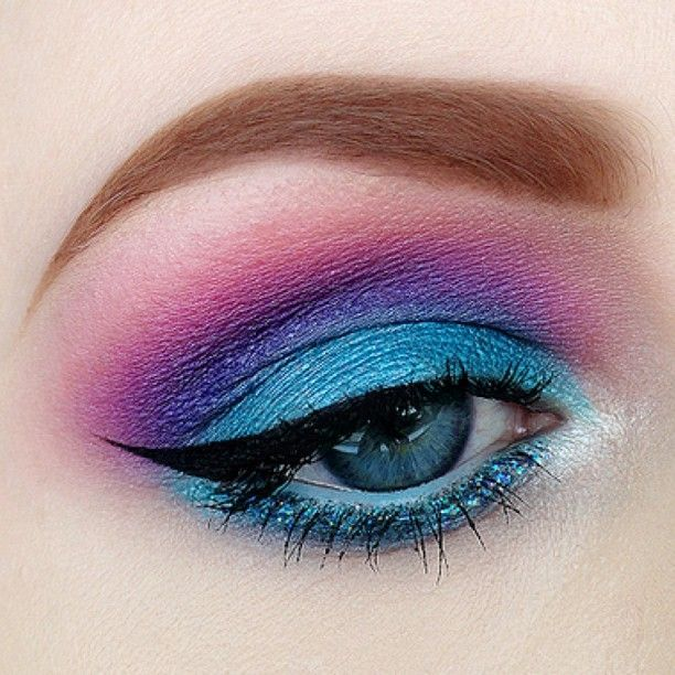 Pink, Purple And Blue - 21 Dramatic Colorful Makeup Tutorials