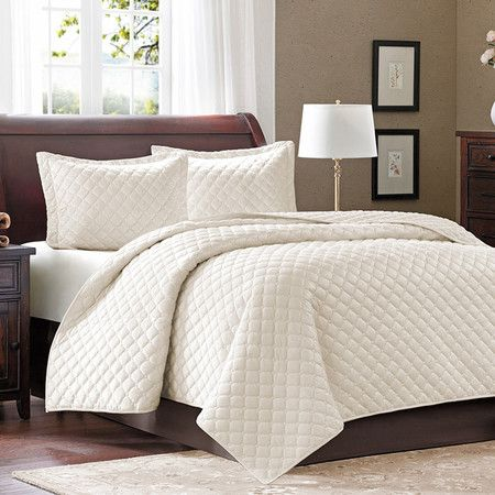 Offering hotel-chic style for your master suite, this cotton-fill coverlet set showcases a classic diamond stitch. By Joss & Main    Product: ...