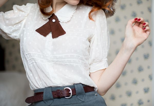 Jessica Silversaga.  || Collar || Vintage Ribbon || Peter Pan Collar || Polka Dot || Classy Style