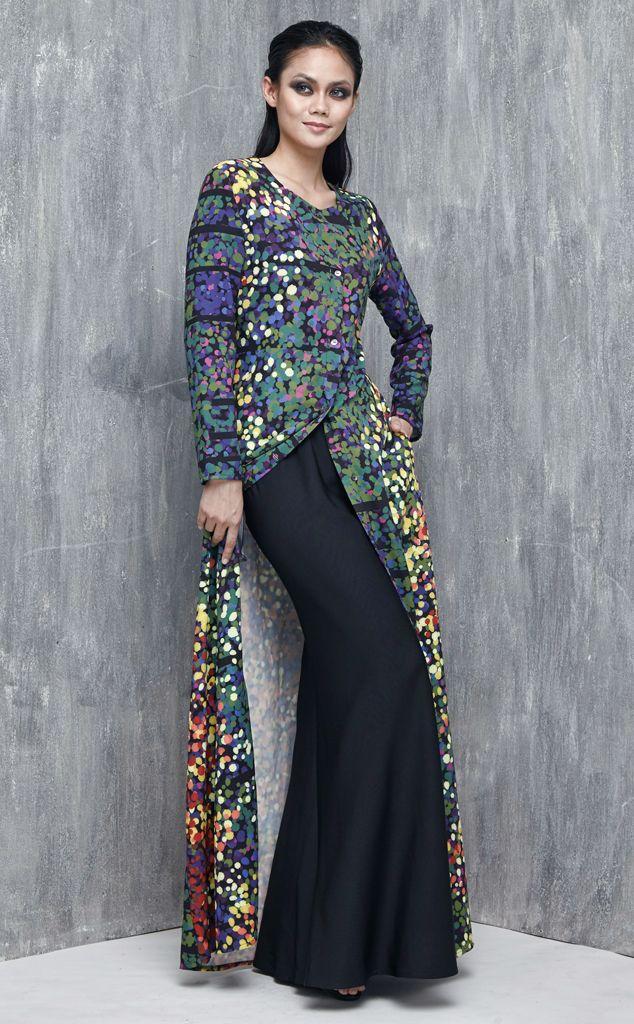 EMEL X DAPHNE IKING - STRIPED SHORE - Exclusive Prints Modern Abaya (Print) A…
