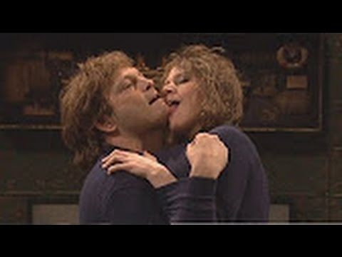 debbie downer crack up snl racists