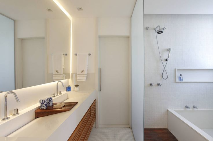 Pinterest 상의 작은 욕실  욕실, 욕실 아이디어 및 싱크대에 관한 ...
