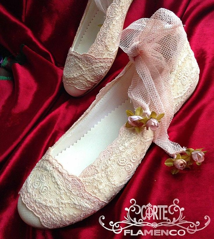 Larrana zapatos de comunion exclusivos , comunion , corte flamenco, bailarinas de comunion, zapatos hechos a medida, sabrinas de comunion, zapatos artesanales, (6)