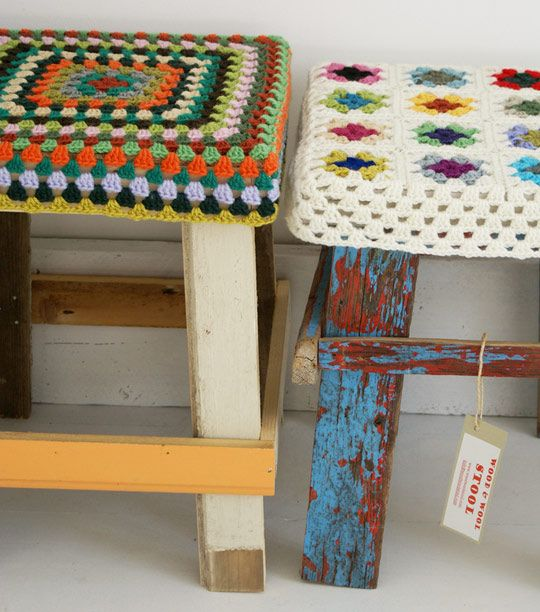 Crochet + wood = :): Crochet Projects, Stools Covers, Seats Covers, Foot Stools, Crochet Stools, Wood Wood, Granny Squares, Bar Stools, Kitchens Stools