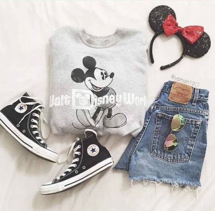 Walt Disney World sweater / denim cutoffs / Chuck Taylor Converse in black / Minnie Mouse headband / aviator sunglasses