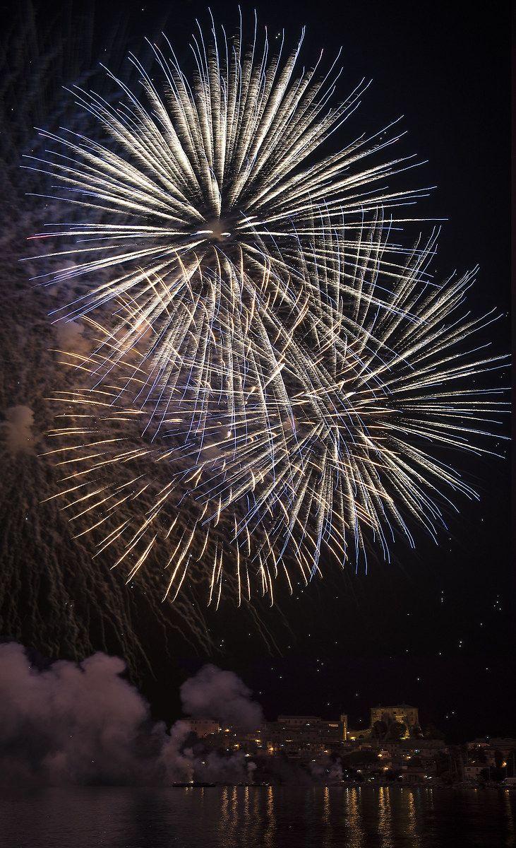 fuochi d` artificio Capodimonte