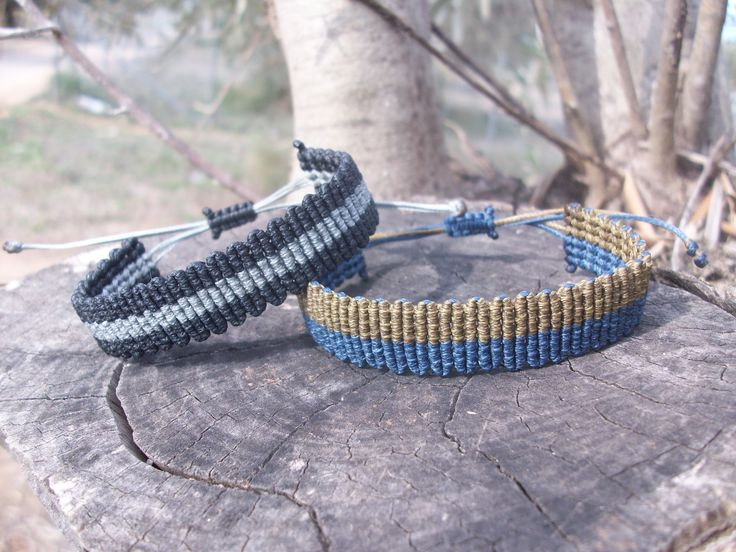 Minimal mens macrame bracelet - Adjustable length, waterproof high quality threads, casual style, unisex, handmade, geometric lines
