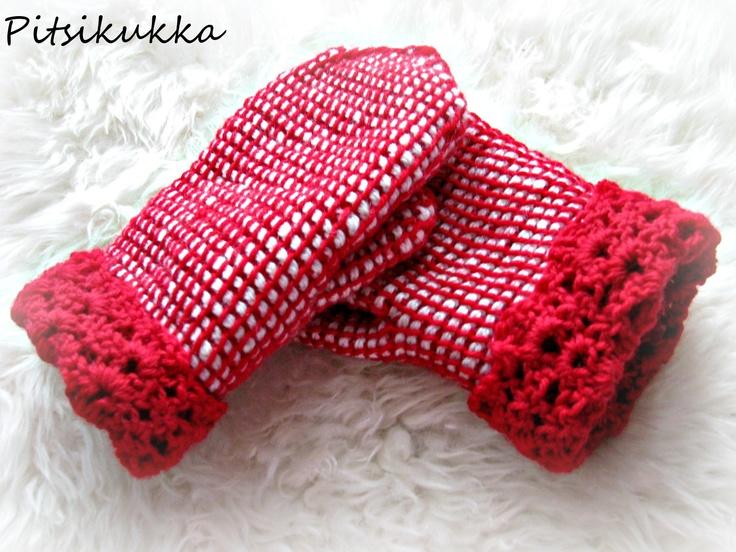 Tunisian crochet mittens