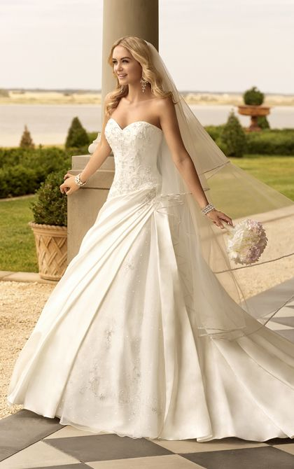 Dolce Satin designer A-line bridal gown with sweetheart neckline from Stella York (Style 5831)