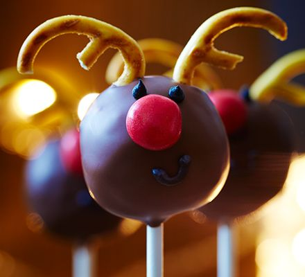 These chocolate cake lollipops are decorated in true festive fashion - have fun making them with the kids this Christmas.
